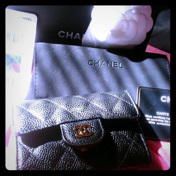 CHANEL Handbags - Authentic Chanel card holder/change holder